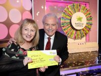 Game show host, Marty Whelan with Margaret Flynn from Kimmage, Dublin 12 has won €67,000 including a car on last Saturdays (25th November 2017) National Lottery Winning Streak Game Show on RTE. The winning ticket was bought from Centra, Main Street, Castleisland, Co. Kerry. Pic: Mac Innes