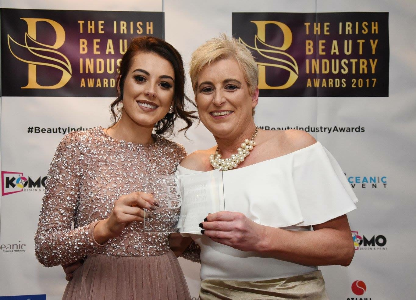 Brush n blush wins at irish beauty industry awards for A maureen mccarthy salon
