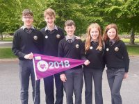 Gaelcholaiste Chiarrai students with the Gaelbhratach.