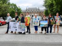 Tralee Chamber Alliance President Aidan Kelly with Mayor of Tralee, Cllr Norma Foley and Arts Officer at Tralee Chamber Alliance Mary Greene and participating artists in the 'Art In The Park' on Saturday. Photo by Dermot Crean