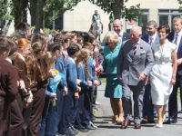 Prince Charles and Camilla meet schoolchildren on their way to Siamsa Tire. Photo by Dermot Crean