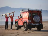 Grace Sheehan and Louise McCarthy, both Special Needs Teachers, on hand to help Killarney Valley Classic & Vintage club members, who restored a 1989 Land Rover 90,  putting it to the test on Rossbeigh Beach, Co Kerry,  giving the Land Rover a whole new lease of life, all in the name of charity. John Coffey, left and Tom Leslie, together with members exhaustingly worked over 300 hours on the classic Land Rover. The club sourced the old Land Rover in Cork. The vehicle had been off the road since 2002 , with only 82,000 miles on the clock.Benefitting this year from the proceeds are Down Syndrome Kerry and Recovery Haven Cancer Support Group. Tickets cost €10 each and are available online at www.killarneyvintage.com.Photo:Valerie O'Sullivan/FREE PIC***09/07/2018