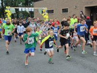 Setting off on the annual CBS Fun Run on Sunday afternoon. Photo by Dermot Crean