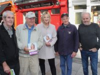 Sinn Fein's Presidential candidate Liadh Ní Riada  meeting people on The Mall on Friday. Photo by Dermot Crean