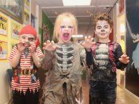 Junior infants taking part in the Halloween Fancy Dress fundraiser at Scoil Eoin. Photo by Dermot Crean