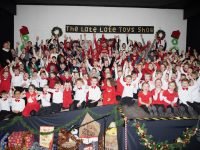 The pupils of Glenderry NS with host Brendan Fuller at their 'Late Late Toys Show'. Photo by Joe Hanley