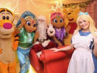 Santa Claus is joined by Tigger, Shimmer & Shine, Winnie the Pooh and Alice to launch Santaland at CH and the Christmas parade. Photo by Dermot Crean