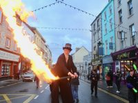 PHOTOS/VIDEOS: Circus Festival Closes With Parade Through Town