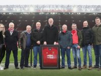 Former Manchester United player Gary Pallister (centre) presenting a signed jersey to theTralee branch of the Manchester United Supporters Club at Old Trafford earlier this month. Included are Cariosa Switzer, Tim Slattery, Brian Switzer, Johnny Switzer (Supporters Club Secretary), Francis Boyle (Supporters Club Chairperson), Christie Counihan, Mark O'Donoghue, Colm O'Carroll.