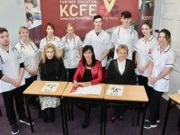KCFE Nursing, Emergency Services and Carers Studies students with, seated, Nursing Course Co-ordinator Caroline Cashell, Principal of Kerry College of Further Education, Mary Lucey and Nursing with Maternity Course Co-ordinator, Catherine Browne, at the signing of the Memorandum of Understanding with the Bon Secours on Thursday at their Denny Street Campus. Photo by Dermot Crean