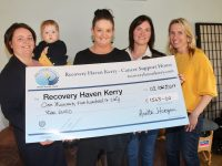 Marketing Officer with Recovery Haven, Marisa Reidy (centre), accepts a cheque for €1,563 after a fundraiser held in Cromane some months ago. Also included is Maura and Etain Griffin, Annette Horgan and Olivia Corkery. Photo by Dermot Crean