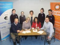 Launching the Coláiste Gleann Lí fundraising table quiz were, front from left; John Joe Roche, Coláiste Gleann Lí; Grainne Mulvihill, Parents Council; Margaret Kenny, Colaiste Gleann Lí and Mikey Sheehy of Comfort for Chemo Kerry. Back from left; Students Caoimhe O'Gorman, Keelin O'Shea, Mary Fitzgerald of Comfort For Chemo Kerry, Aisling  O'Connelll, and Zayad Abdemarazk. Photo by Dermot Crean