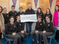 On  Monday at Gaelchlosite Chairraí, Tralee student presented with their teachers presented a cheque of €185-53 to Jimmy Mulligan (South West Councillors< Killarney) the money was rside during Wellbeing Week, 2019 at their school. Max Búrca,Sinead Ní Mhurchú, Leahy Ní Sheanacháin,Jared O Briain, Eve Ní Chríodáin,Muireann Ní Dhullaing,Zoe Ní Chearúill,Kiana Breathnach august Daithi O Loinsigh, Teachers, Inion Ni Mhuircheartaigh agus Iníon Ní Laocha. Photo Joe Hanley