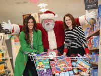 Photographed at the launch of the 'Food for Good' Christmas Campaign in the Aldi Royal Canal Park Store is TV personality, Glenda Gilson and Co - Founder of FoodCloud, Aoibheann O'Brien. Pic: Conor McCabe.