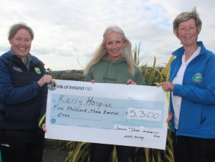 Michelle Greaney (centre) presents a cheque for €5,300 to Andrea O'Donoghue and Maura Sullivan of the Kerry Hospice Foundation. Photo by Dermot Crean