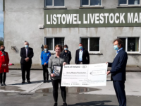 The presentation of a cheque for €106,000 at Listowel Mart on Friday.