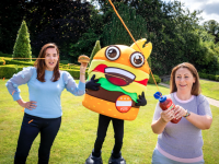 20/7/21 ***NO REPRO FEE*** Pictured with Benny The Burger is Kellymarie Gleeson, Trade Marketing Manager, Foods Division at Kepak and Julie Delany, Brand Manager at Blenders as the Battle for Ireland's best burger begins in support of foodservice sector Fourth annual National Burger Day to take place on August 12. Simon Communities in Ireland will receive one meal for every burger sold. The classic cheeseburger is Ireland's favourite burger, according to new research. To top it off, for every burger purchased and a photo shared online with the hashtag #nationalburgerday, a meal will be donated to Simon Communities across the country, with over 14,000 meals donated in 2020 as part of the campaign. Voting is already underway and customers across the country have just over three weeks to cast their important vote online through the dedicated website - www.nationalburgerday.ie Pic: Marc O'Sullivan